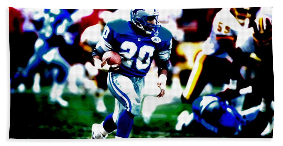 Barry Sanders Beach Towel featuring the mixed media Barry Sanders On The Move by Brian Reaves