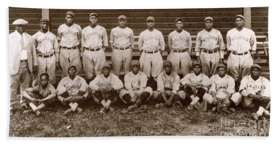 1927 Beach Towel featuring the photograph Baseball: Negro Leagues by Granger