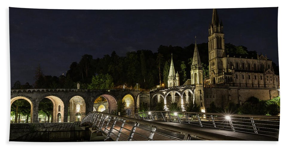 Basilica Beach Towel featuring the photograph Basilica Of The Immaculate Conception by Everet Regal