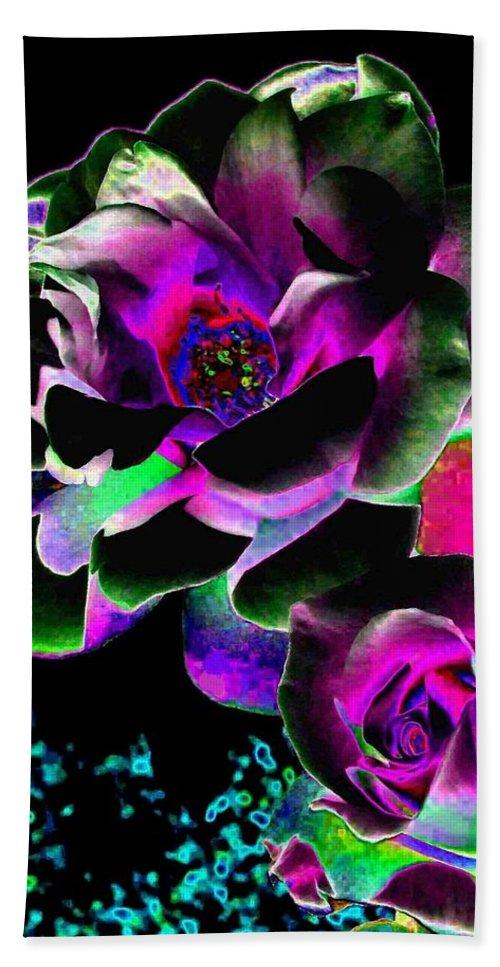 Bella Flora Beach Towel featuring the digital art Bella Flora 8 by Will Borden