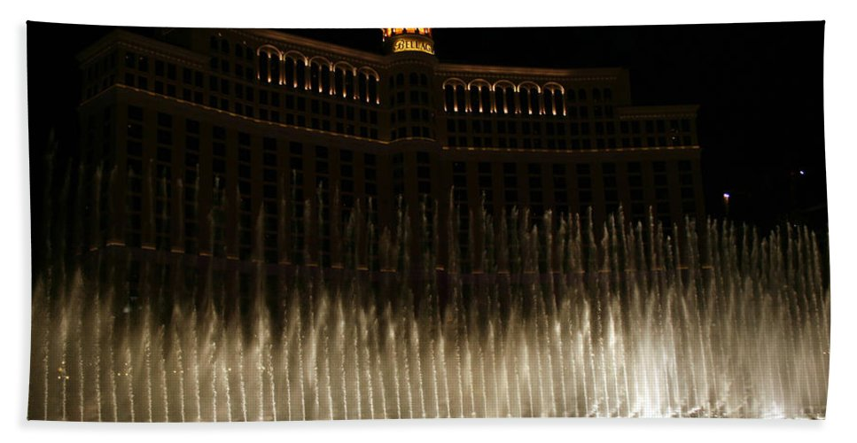 Bellagio Fountains Las Vegas Nevada Show Water Hotel Beach Towel featuring the photograph Bellagio Fountains by Andrea Lawrence