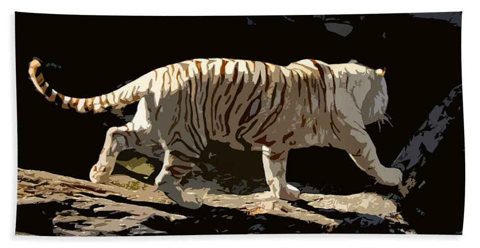 Bengal Tiger Beach Towel featuring the painting Bengal Tiger by David Lee Thompson