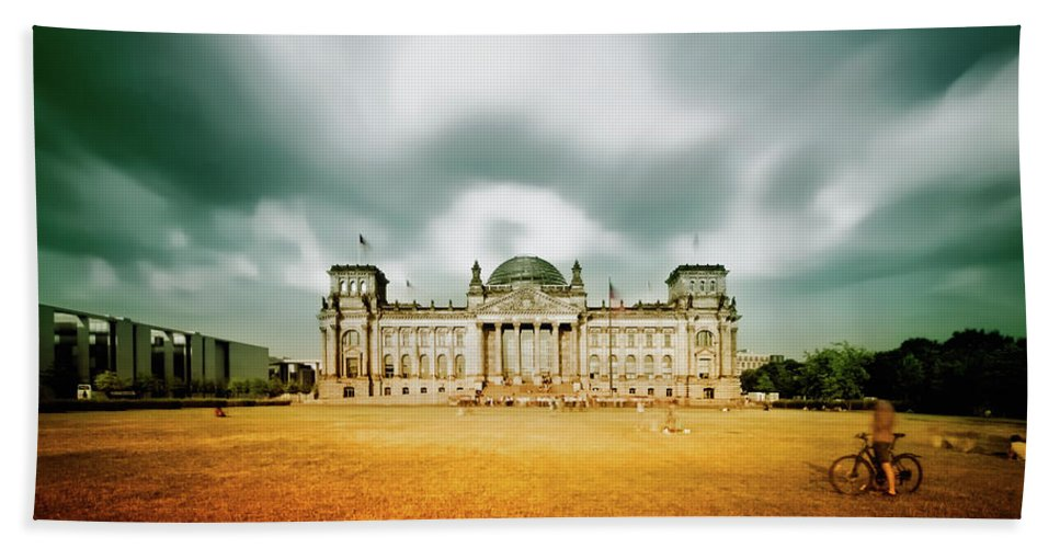 Berlin Beach Towel featuring the photograph Berlin Reichstag Building by Alexander Voss