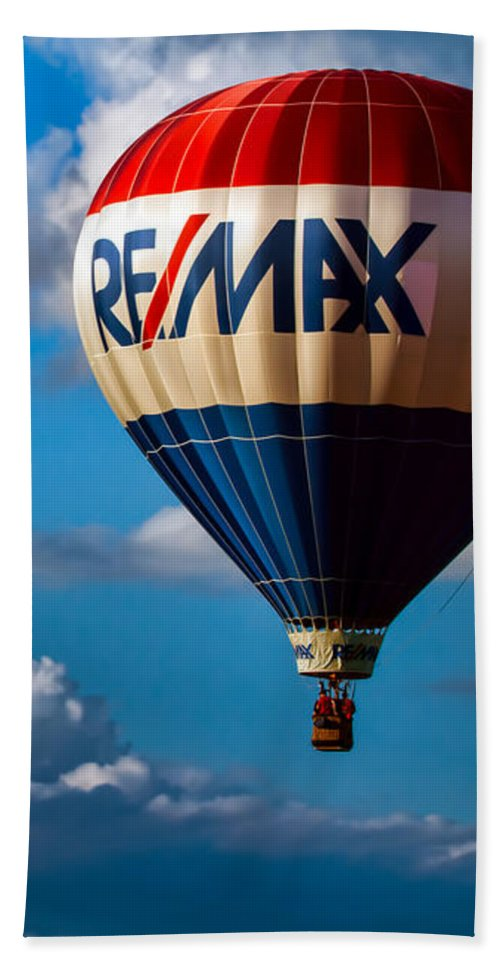 Beach Towel featuring the photograph Big Max Re Max by Bob Orsillo