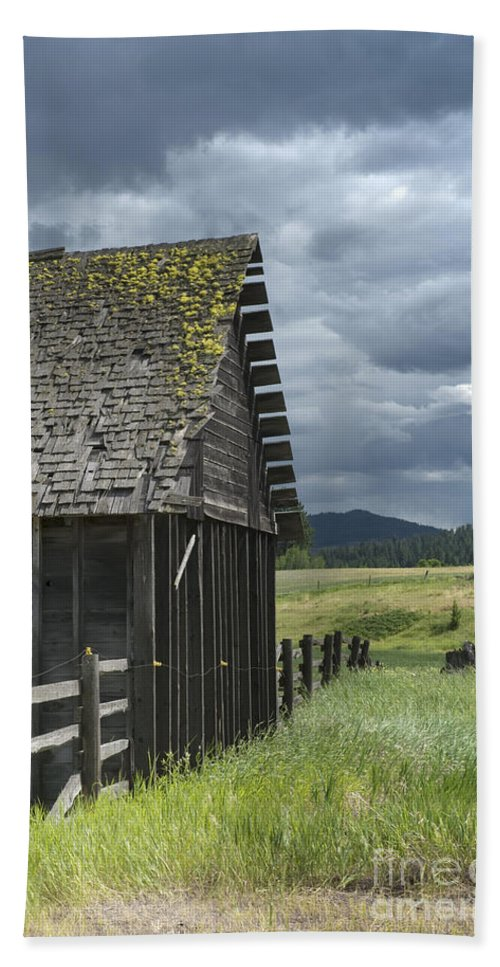 Big Sky Beach Towel featuring the photograph Big Sky Cabin by Sandra Bronstein
