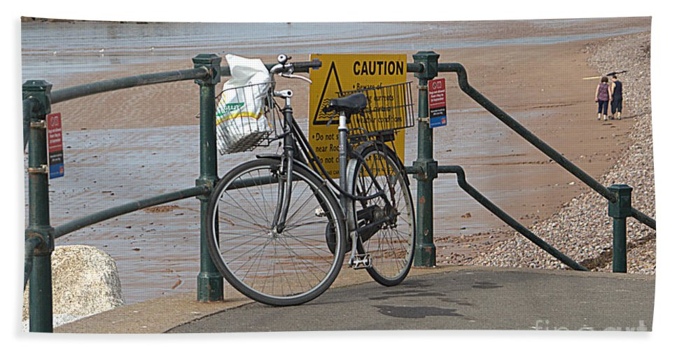 Bike Beach Towel featuring the photograph Bike Against Railings by Andy Thompson