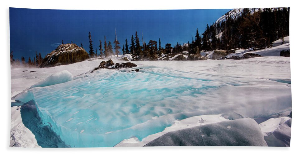 Landscape Beach Towel featuring the photograph Blue Ice Sheet - Lake Hiayaha by Rob Lantz