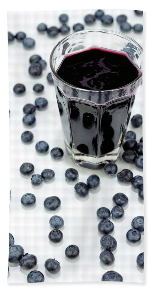 Fruit Beach Towel featuring the photograph Blueberries And Blueberry Juice by Lee Serenethos