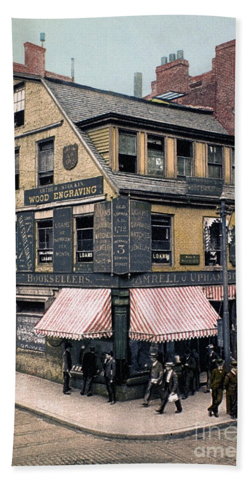 1900 Beach Towel featuring the photograph Boston: Bookshop, 1900 by Granger