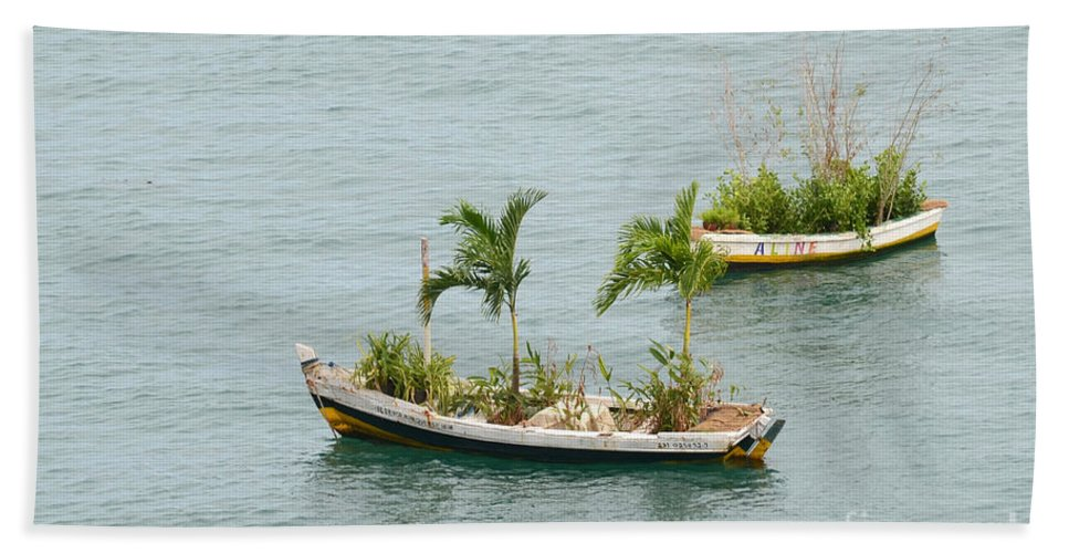 Salvador Beach Towel featuring the photograph Botanic Garden On The Water by Ralf Broskvar