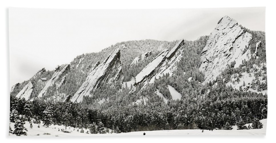 Boulder Beach Towel featuring the photograph Boulder Flatirons Colorado 1 by Marilyn Hunt