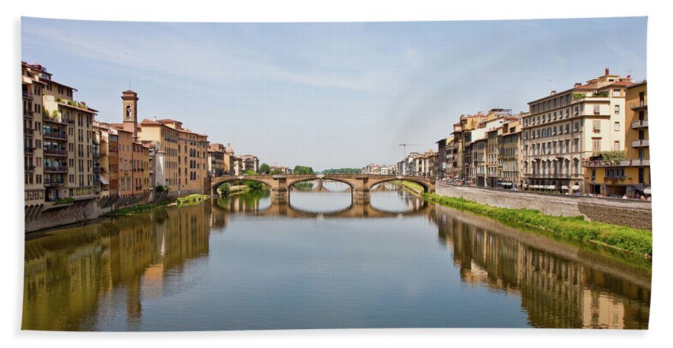 Arno Beach Towel featuring the photograph Bridge Over Arno River In Florence Italy by Darryl Brooks