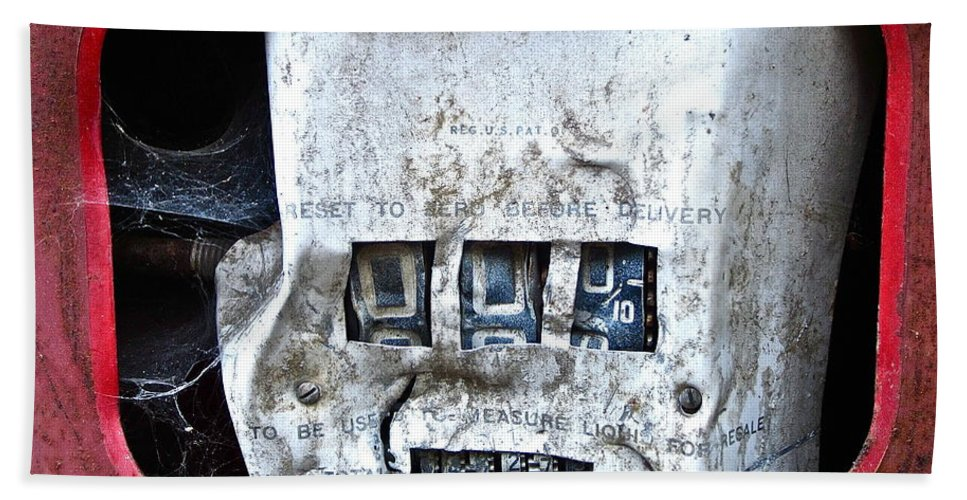 Gas Pump Photograph Beach Towel featuring the photograph Broken by Gwyn Newcombe