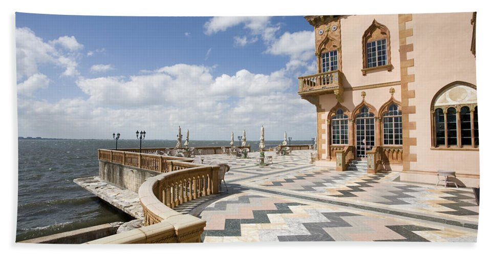 Ringling Beach Towel featuring the photograph Ca D'zan Mansion Sarasota by Mal Bray