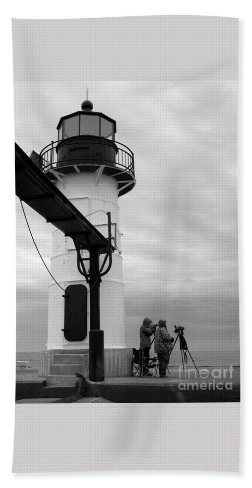 Lighthouse Beach Towel featuring the photograph Cameras Ready by Ann Horn
