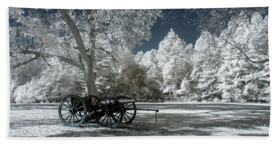 Cannons Beach Towel featuring the photograph Canon In Petersburg National Battlefield by Liza Eckardt
