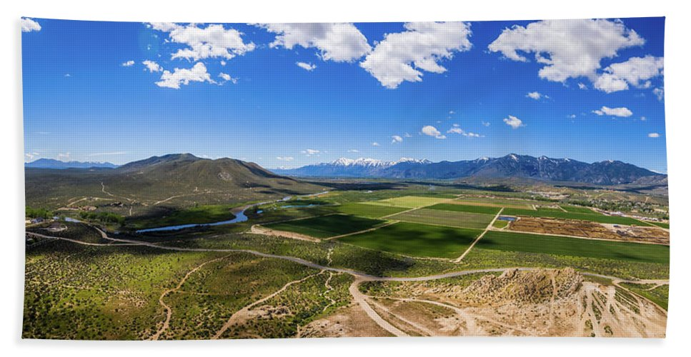 Landscape Beach Towel featuring the photograph Carson Valley Panorama by Frank Testa