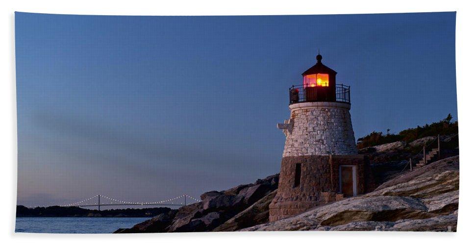 Castle Hill Lighthouse Beach Towel featuring the photograph Castle Hill Lighthouse by John Greim