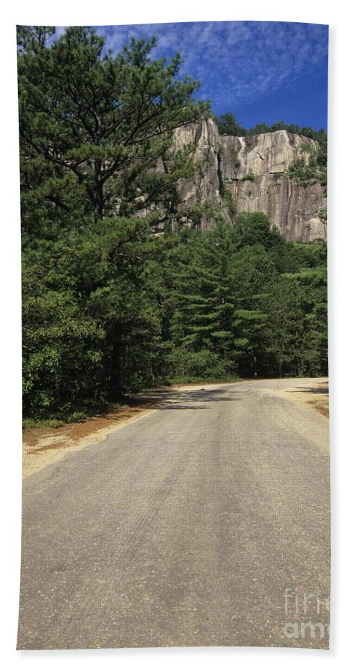 Travel Beach Towel featuring the photograph Cathedral Ledge State Park - Conway New Hampshire Usa by Erin Paul Donovan