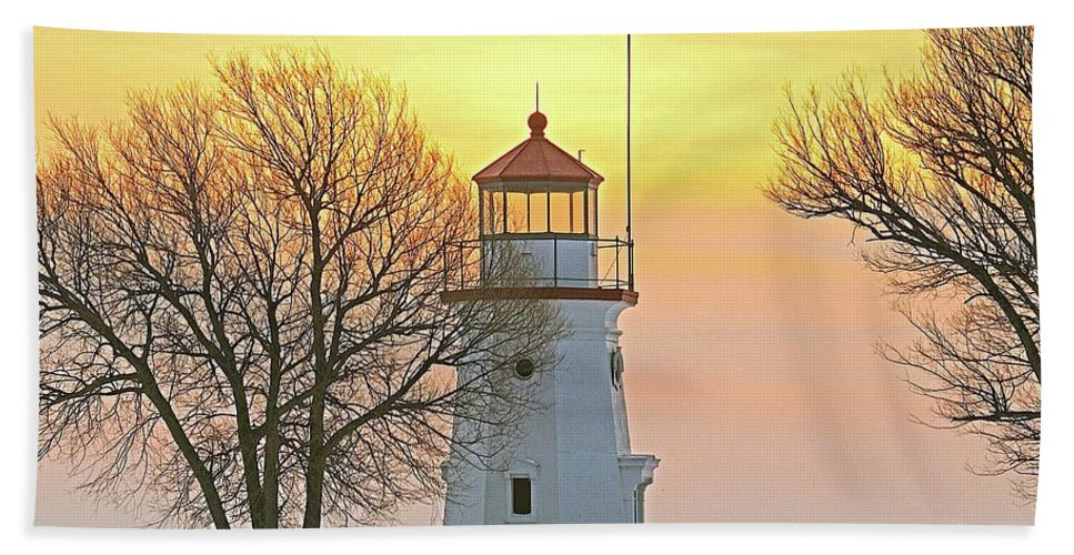 Landscape Beach Towel featuring the photograph Cheboygan Harbor Light 2 by Michael Peychich