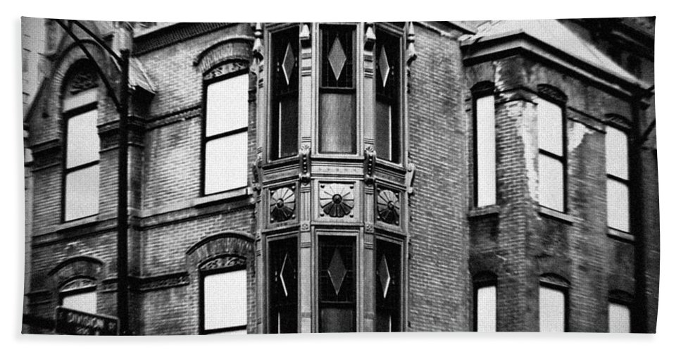 Chicago Beach Towel featuring the photograph Chicago Historic Corner by Kyle Hanson