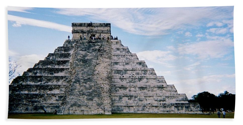 Chitchen Itza Beach Sheet featuring the photograph Chichen Itza 4 by Anita Burgermeister