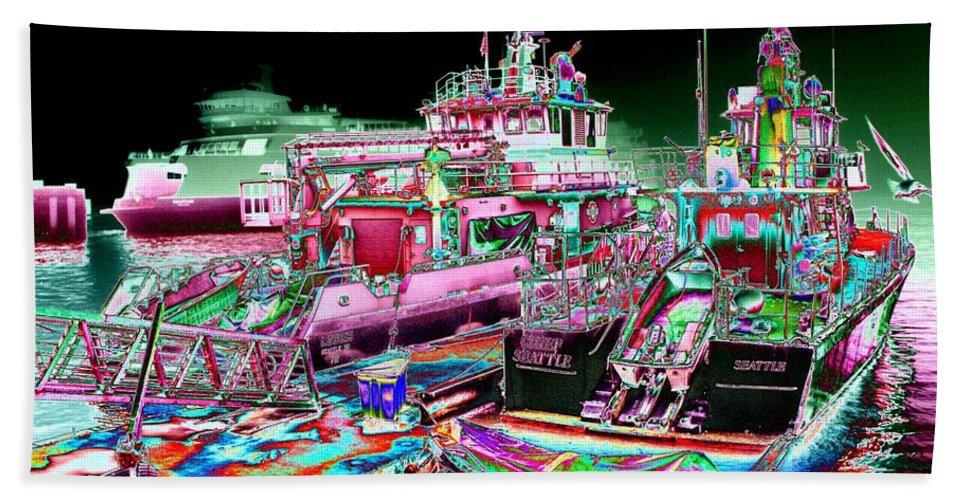 Seattle Beach Sheet featuring the digital art Chief Seattle In The Fog by Tim Allen