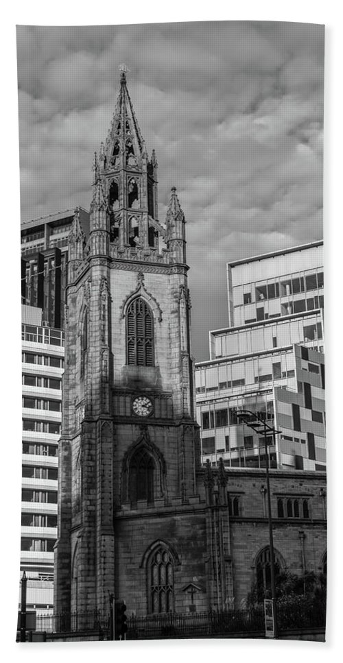 6x4 Beach Towel featuring the photograph Church Of Our Lady And Saint Nicholas Liverpool by Jacek Wojnarowski