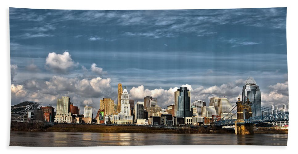 Cincinnati Beach Towel featuring the photograph Cincinnati Skyline Hdr by Keith Allen
