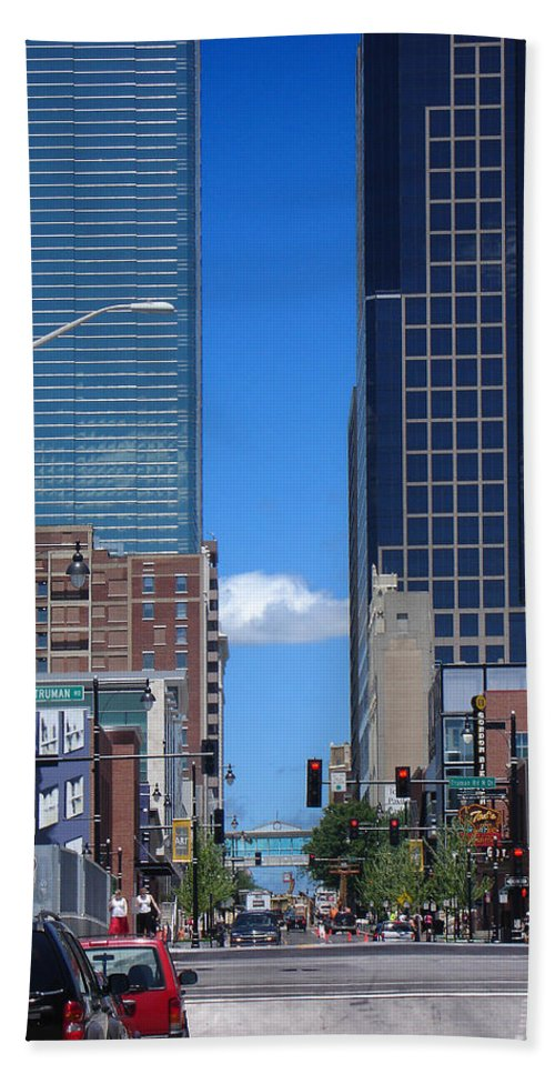 Kansas City Beach Towel featuring the photograph City Street Canyon by Steve Karol