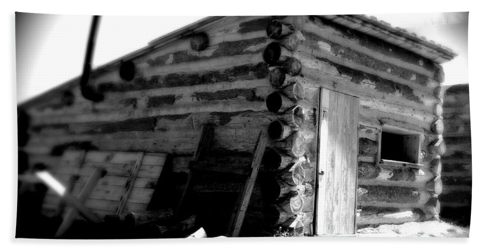 Army Beach Towel featuring the photograph Civil War Cabin 1 Army Heritage Education Center by Jean Macaluso