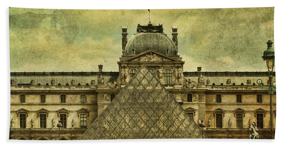 Paris Beach Towel featuring the photograph Classic Contradiction by Andrew Paranavitana