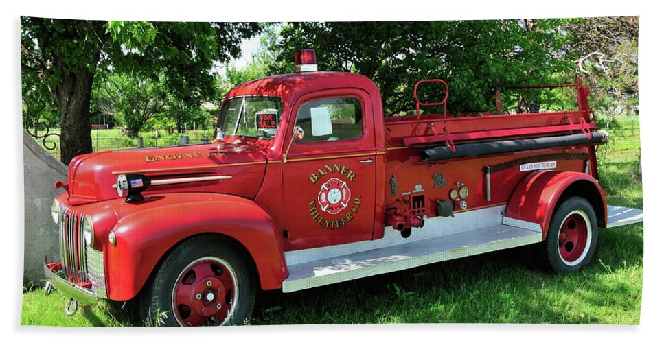 Fire Engine Beach Towel featuring the photograph Classic Fire Truck by Betty LaRue