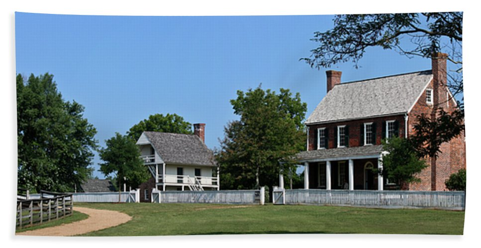 Appomattox Beach Towel featuring the photograph Clover Hill Tavern Appomattox Court House Virginia by Teresa Mucha