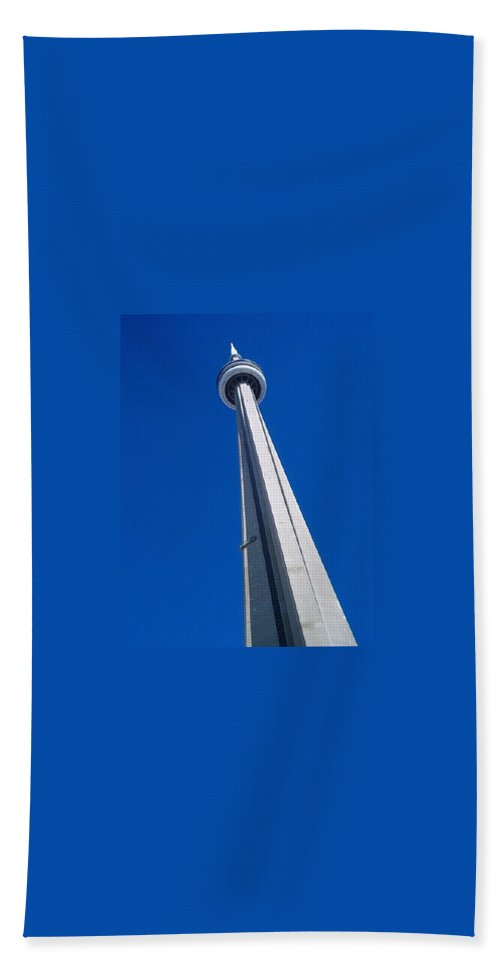 Landscape Beach Towel featuring the photograph Cn Tower by Debbie Levene