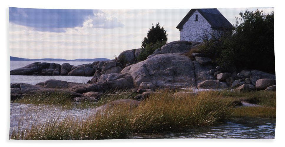 Landscape Beach Storm Beach Towel featuring the photograph Cnrf0909 by Henry Butz