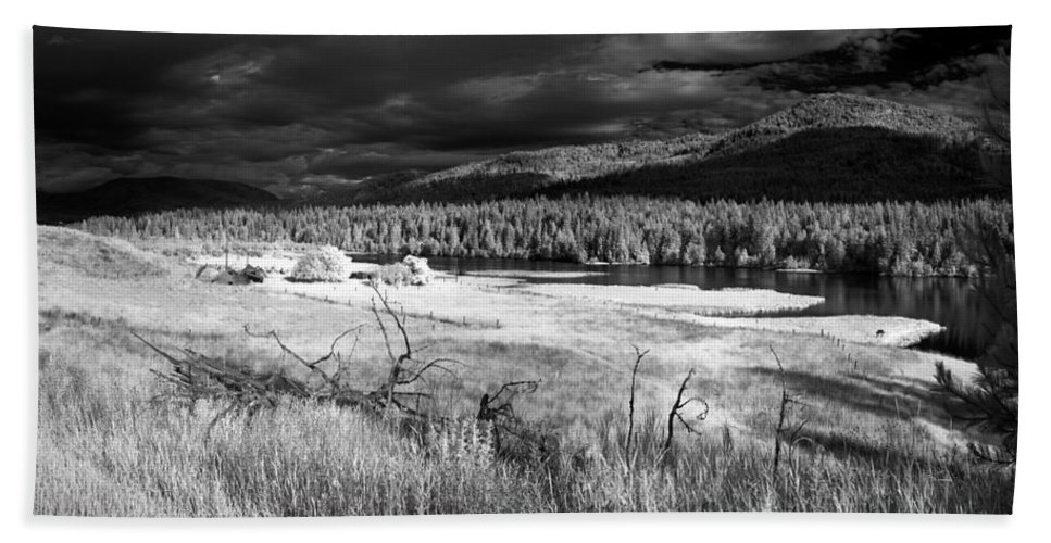 Infrared Landscape Beach Towel featuring the photograph Cocolala Creek by Lee Santa