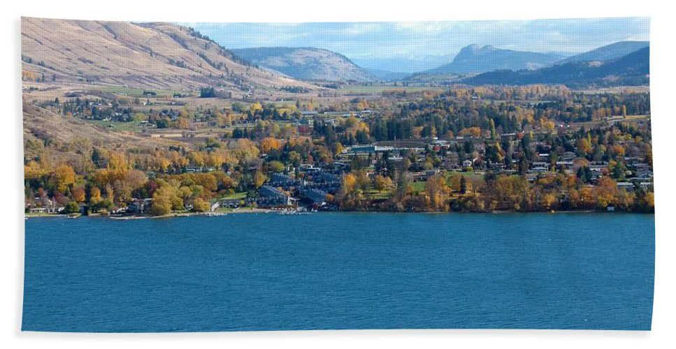 Autumn Beach Towel featuring the photograph Coldstream Valley In Autumn by Will Borden
