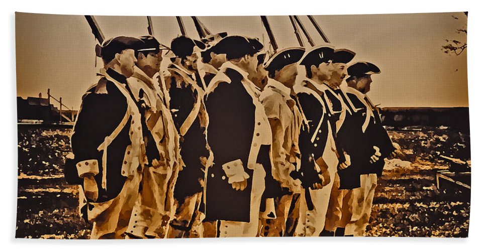 Philadelphia Beach Towel featuring the photograph Colonial Soldiers On Parade by Bill Cannon