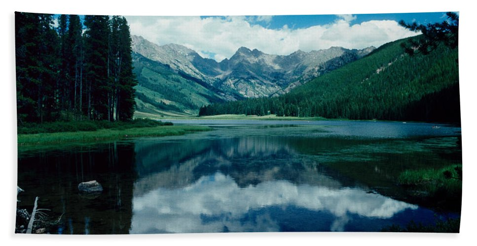 Rockie Mountains Beach Towel featuring the photograph Colorado Lake by David Arment