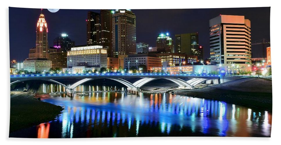 Columbus Beach Towel featuring the photograph Colorful Columbus by Frozen in Time Fine Art Photography