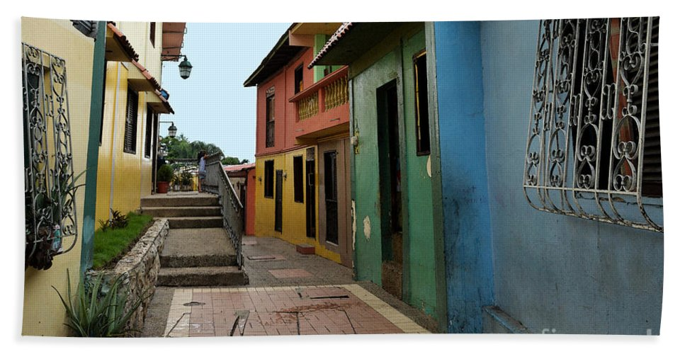 Guayaquil Beach Towel featuring the photograph Colorful Guayaquil Alley by Catherine Sherman