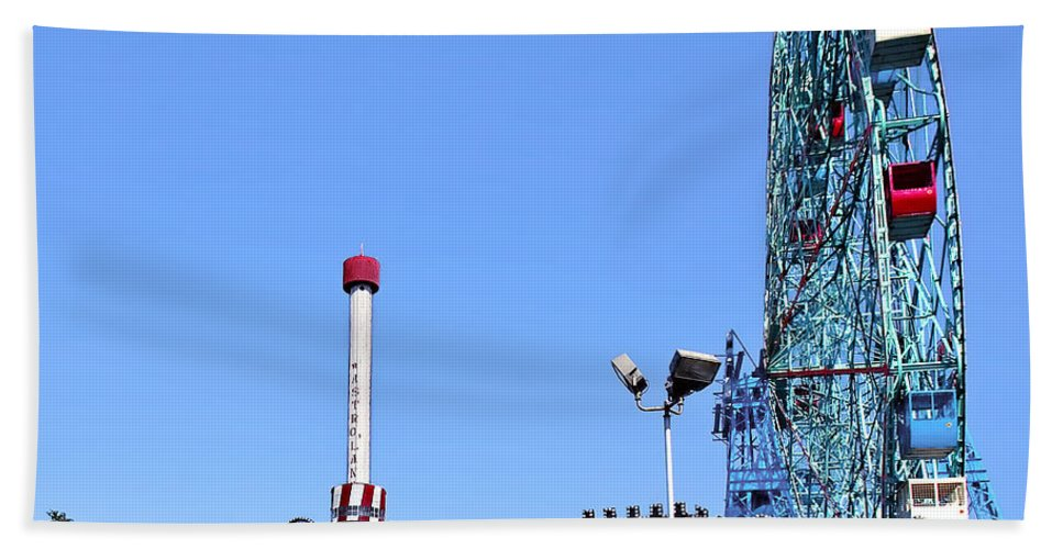Coney Island Beach Towel featuring the photograph Coney Island's Astroland by Madeline Ellis