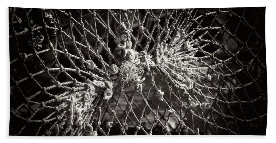 Rope Beach Towel featuring the photograph Crab Proof by Clare Bevan