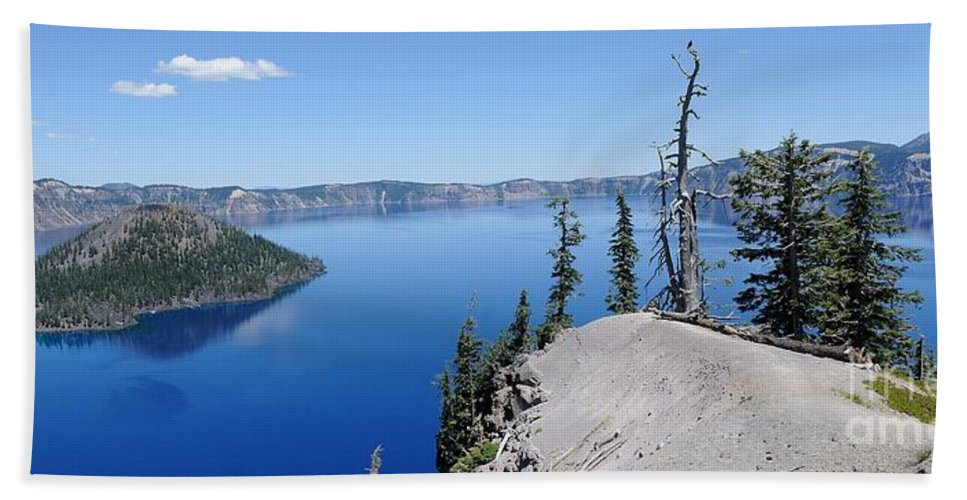 Wizard Island Beach Towel featuring the photograph Crater Lake Scenic Panorama by John Kelly