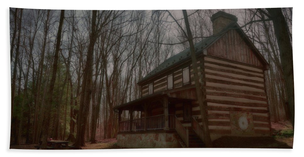Landscape Beach Towel featuring the photograph Creepy Cabin by Megan Miller