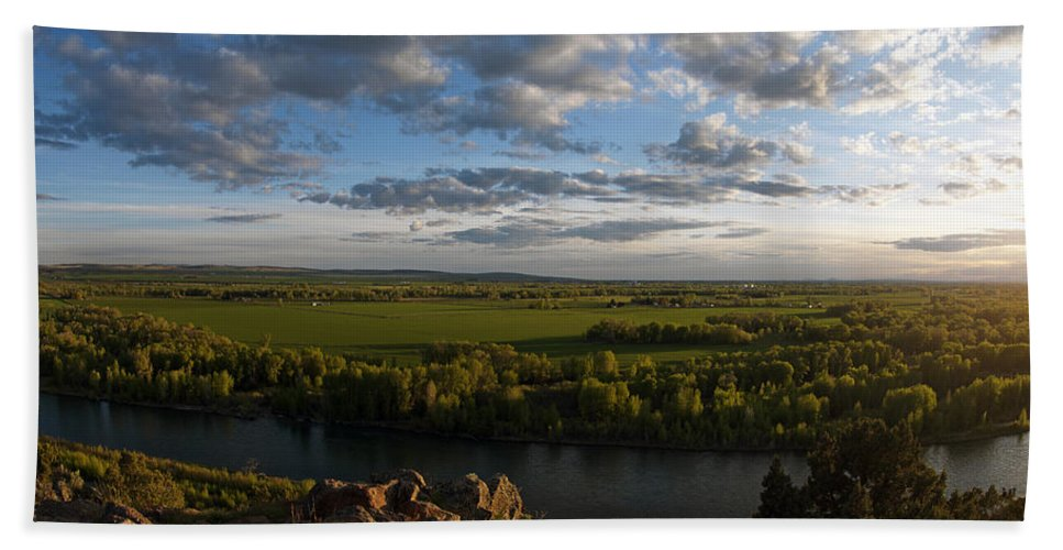 Snake River Beach Towel featuring the photograph Cress Creek View by Leland D Howard