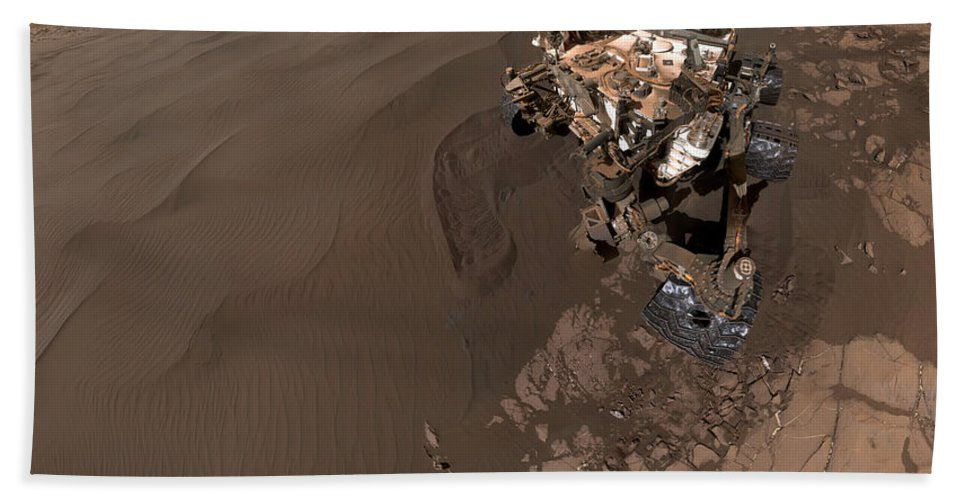 Science Beach Towel featuring the photograph Curiosity Rover Self-portrait by Science Source