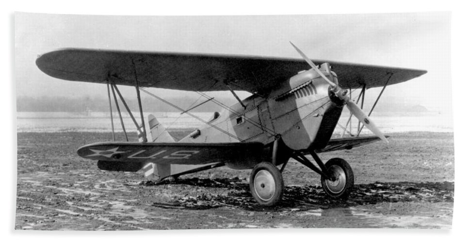 Science Beach Towel featuring the photograph Curtiss P-1 Hawk,1925 by Science Source