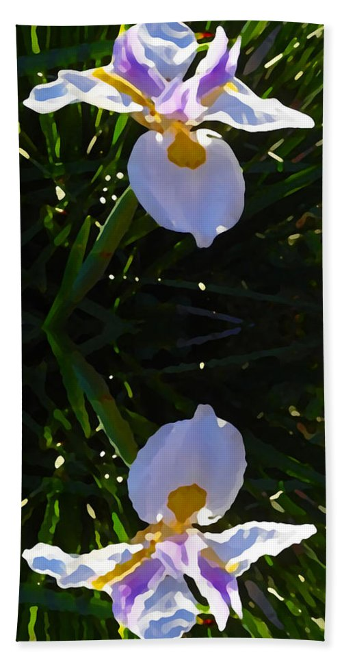 Daylily Beach Sheet featuring the painting Day Lily Reflection by Amy Vangsgard